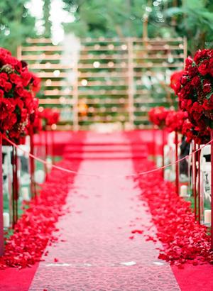 Kentucky Derby Wedding Ceremony - Wedding Belles