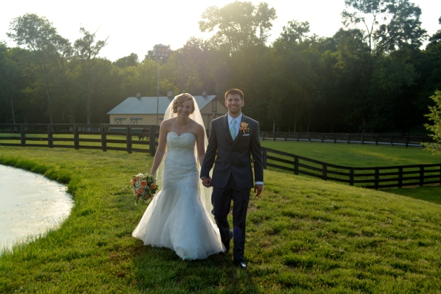 NC Farm Wedding with Accents of Apricot and Mint - Wedding Belles Blog