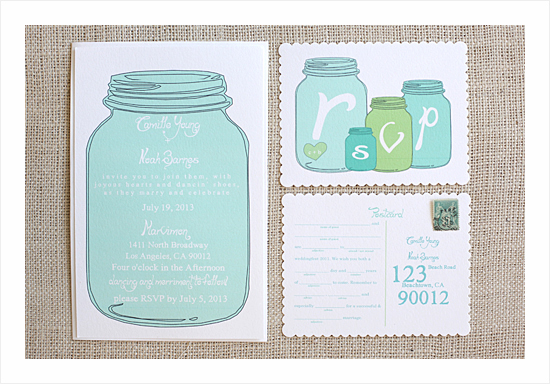 http://www.weddingchicks.com/freebies/invitation-suites/sweet-love-invitation-suite/