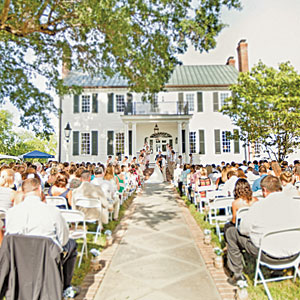 How to Be the Perfect Southern Wedding Guest via Southern Living - Wedding Belles Blog