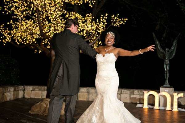 How to Choose a First Dance Song via mywedding - Wedding Belles Blog
