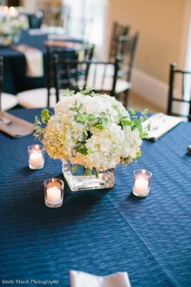 Navy linens, hydrangeas - Wedding Belles Blog