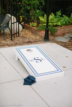 Custom Monogram Cornhole Set - Wedding Belles Blog