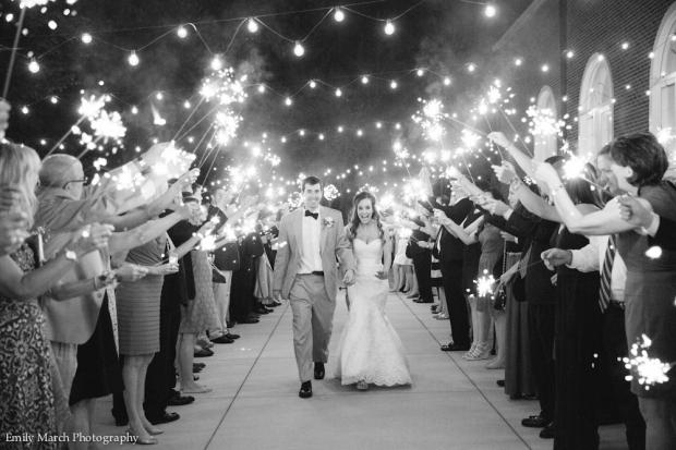 Sparkler Sendoff - Wedding Belles Blog