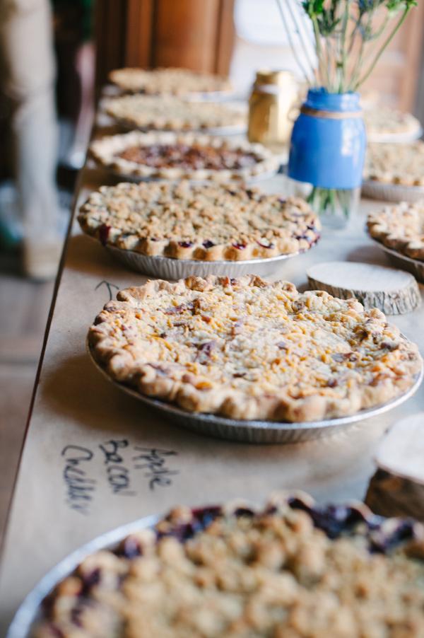 Least Favorite Wedding Trends of 2014: Pie in Lieu of Wedding Cake - Wedding Belles Blog