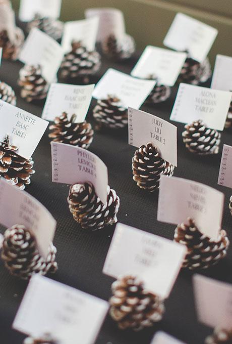 Pinecone Escort Card Holders - Wedding Belles Blog