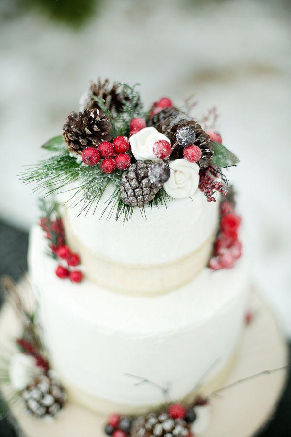 Pinecone and Evergreen Wedding Cake - Wedding Belles Blog