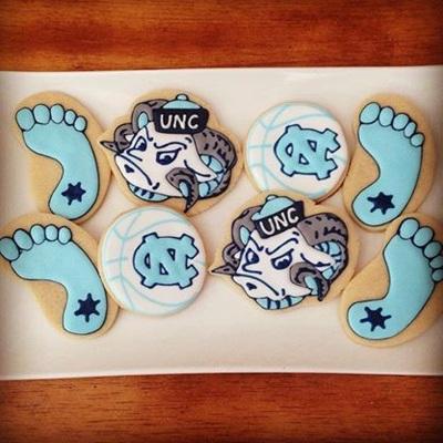 UNC Sugar Cookie Wedding Favors - Wedding Belles Blog