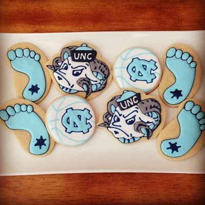 UNC Sugar Cookie Wedding Favors - Wedding Belles Blog