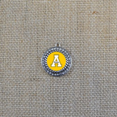 Appalachian State wedding bouquet charm - Wedding Belles Blog
