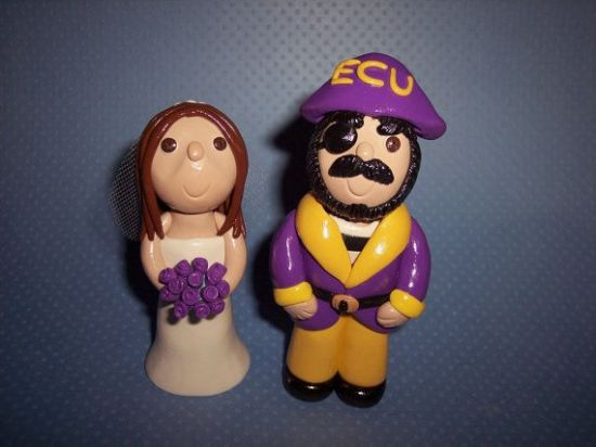 ECU wedding cake topper - Wedding Belles Blog
