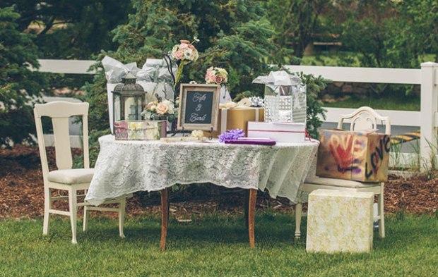 18 of the Weirdest Wedding Gifts Ever Received via Brides - Wedding Belles Blog