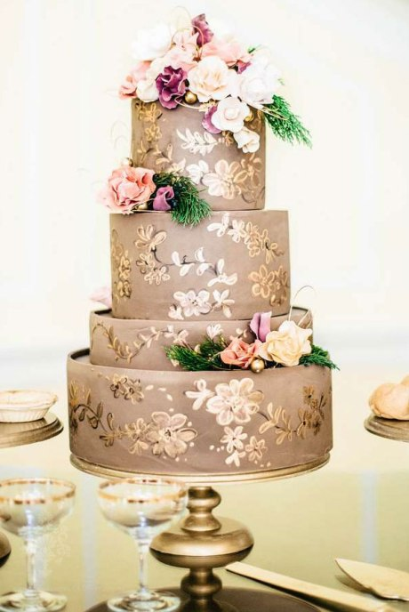 Ornate Gold Hand-Painted Wedding Cake - Wedding Belles Blog