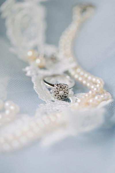 Heirloom Pearl Wedding Jewelry - Preppy and Classic Kelly Green Wedding - Wedding Belles Blog