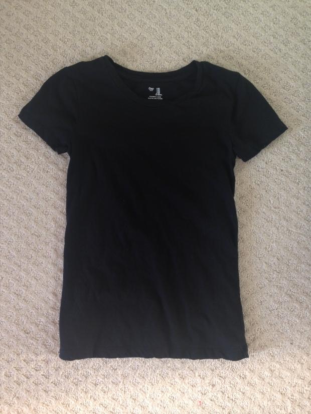 Inside Out Ethical Fashion Challenge: The Forgotten Black T-Shirt | Trés Belle