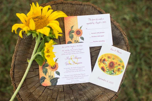 Autumn Wedding with Sunflowers and Burgundy Details | Trés Belle